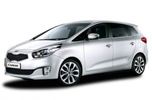 kia carens 2013 front quarter 1